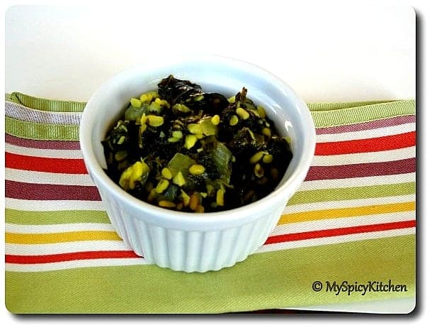 Spinach mung dal fry, palak mung dal fry, only curries, cooking with seeds - moung beans