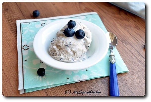 Low fat homemade blueberry ice cream, homemade vanilla ice cream