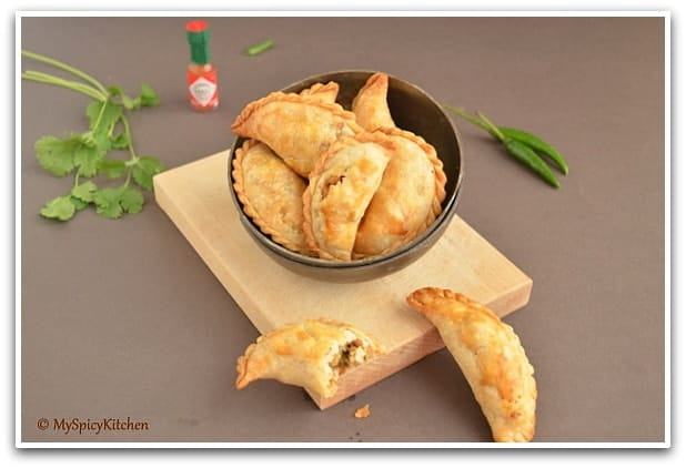 Baked Empanadas, Baked Karijalu, Blogging Marathon, Argentina's National Dish,  Chicken Karijalu, Chicken Karjjikayalu, Savory Empanadas, Chile's National Dish