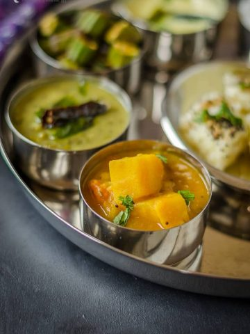 Gujarati Curry, Indian Curry, Gujarati Food, Gujarati Cuisine, Tomato Potato Curry, Tameta Batata nu shaak, alugadda tamata koora,
