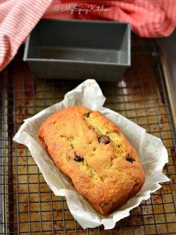 Banana Chocolate Chip Bread, Banana Bread, Banana chocolate Bread, Ripe Bananas,