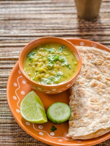 Moong Mag, Gujarati Style Moong Bean Curry, Moong Bean Curry, Whole Moong Curry, Pesaru Koora, Blogging Marathon, Dinner Ideas,