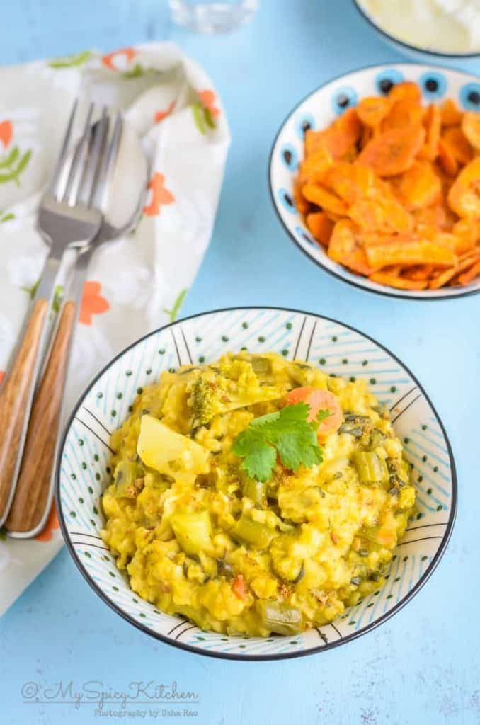 A bowl of Instant Pot oats vegetable khichdi